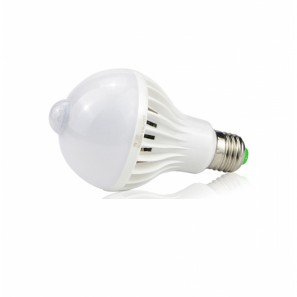 Λάμπα LED E27 9W με ανιχνευτή κίνησης 6500K  810LM ΟΕΜ